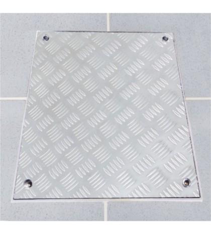 System PRO-RI - Trampilla para pisos. Aluminio estriado 500x500 mm Alto 40 mm Marco 640x640 Alto 40 mm