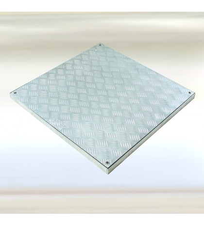 System PRO-RI - Trampilla para pisos. Aluminio estriado 700x700 mm Alto 40 mm Marco 840x840 Alto 40 mm